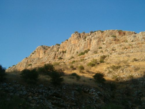 cliff glowing with evening sun at 2nd day camp site